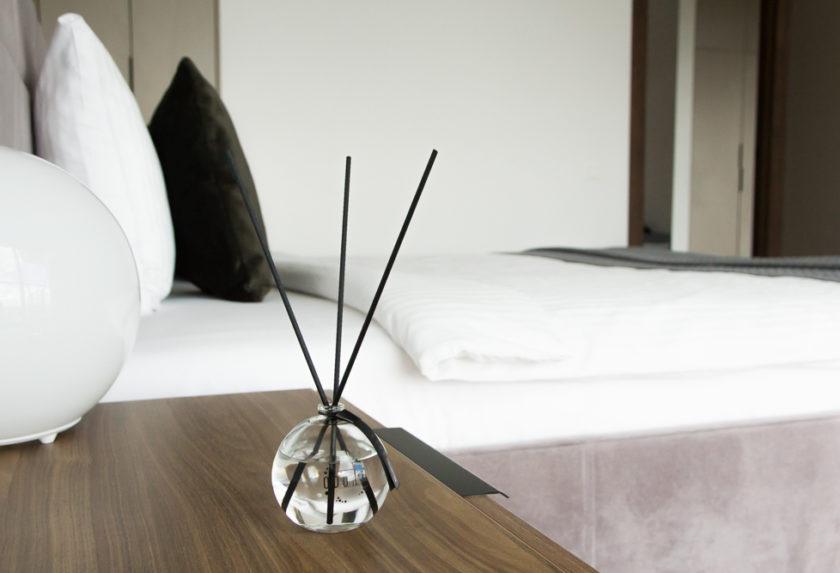 Hova helyezzem a pálcikás illatosítót? – 3. rész: Hálószoba és iroda
